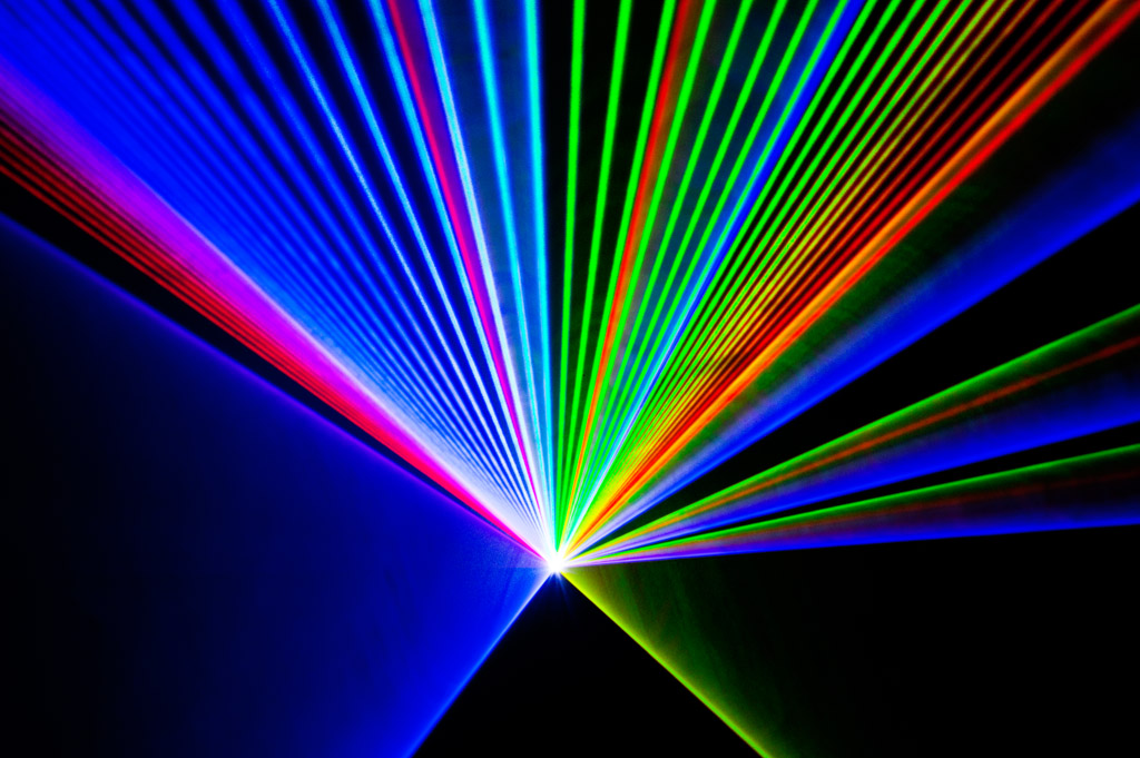 Laserworld_PL-10000RGB_beams-001