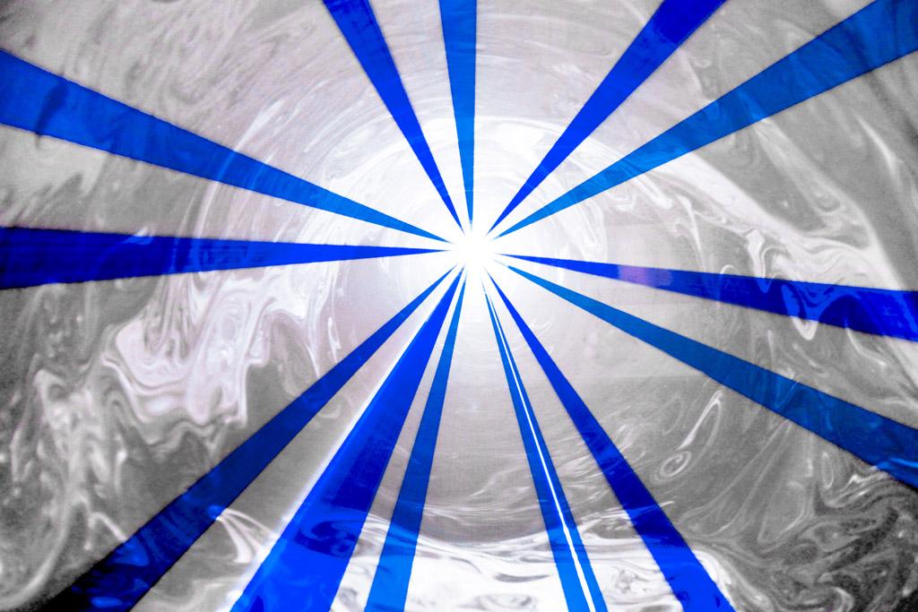 Laserworld_PL-10000RGB_beams-005