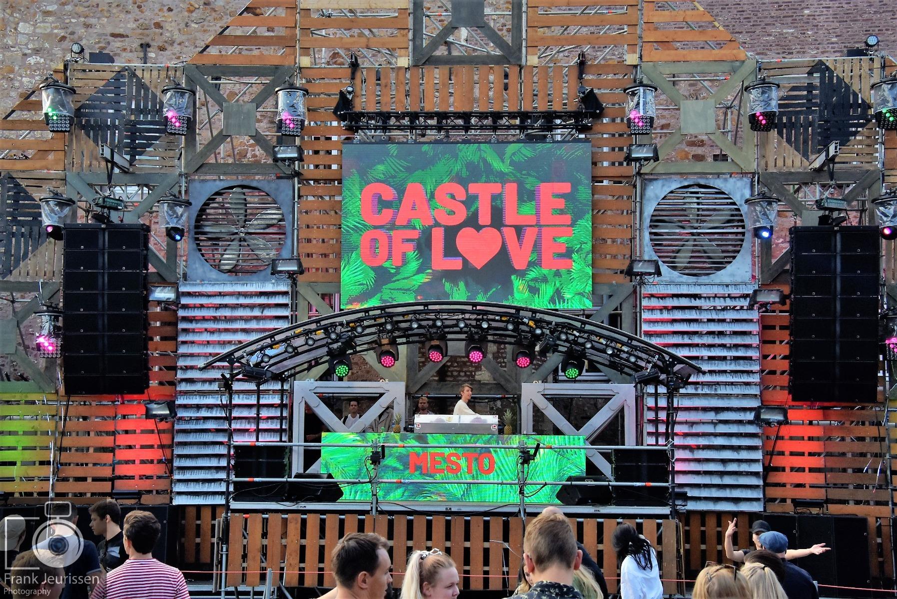 Castle_of_Love