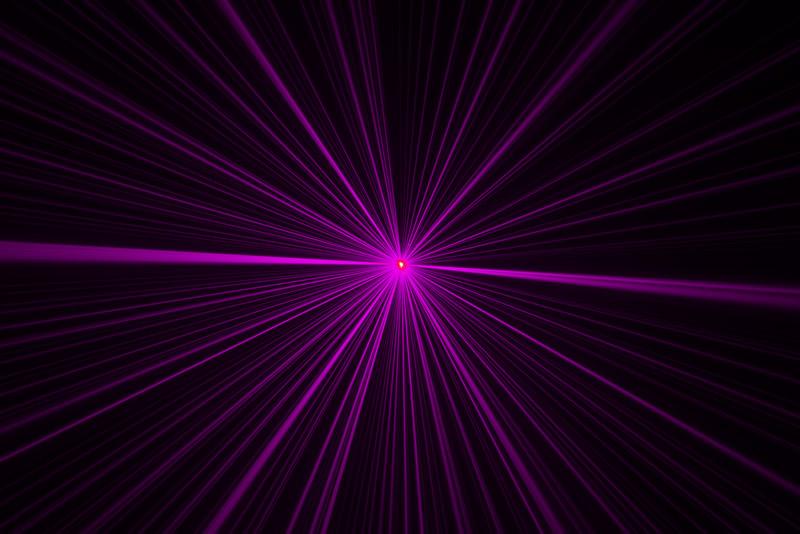 Laserworld_EL-300RGB_-_Beams_in_purple