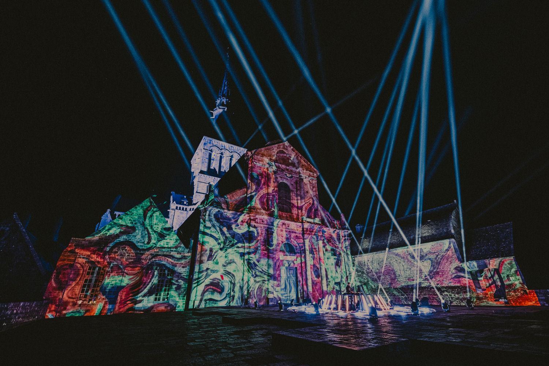 MonumentalTour_AbbayeMontStMichel_Sentinel_Credit_Wozniak21